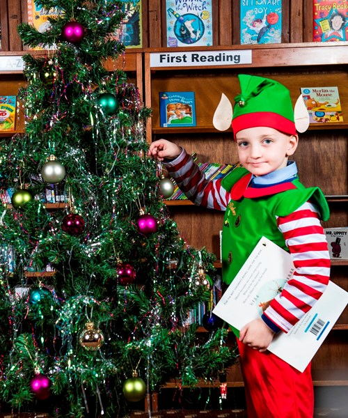 Parkhead Library Christmas Reading Challenge